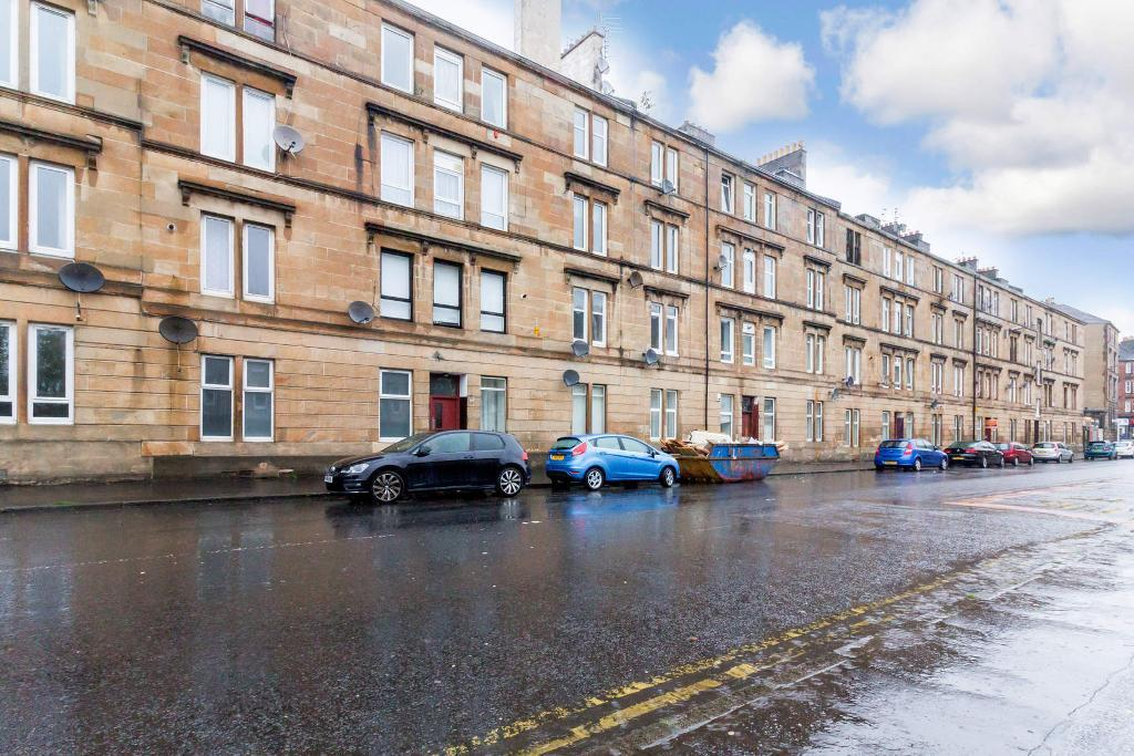 Cumbernauld Road, Glasgow, G31 2UF